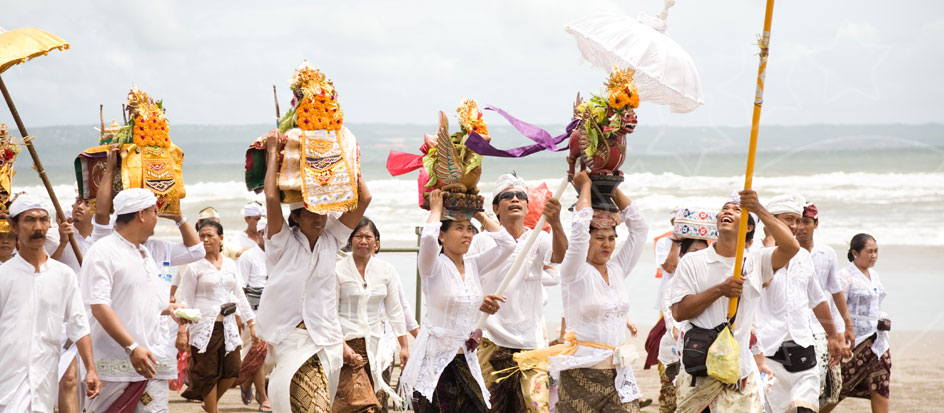 Contents   Festivals and Fairs                              Chinese New Year                 Nyepi ..